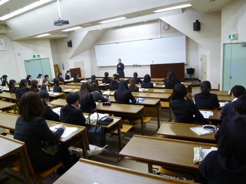 学校法人専門学校東洋美術学校様にて「メイク&マナー講座」の講師をつとめました。