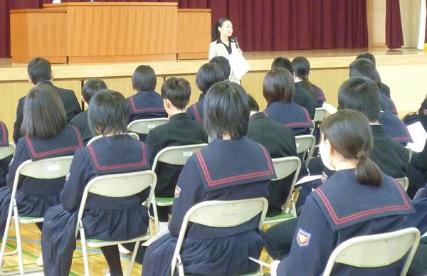 青森県板柳町立板柳中学校様にて講演をさせていただきました<span class=