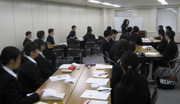 札幌にて開催された「Re:就活 初夏に開催 ミニミニ合説」という学生向けの就活イベントにて講演をさせていただきました