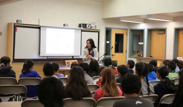 2016年1月19日、20日三育学院サンタクララ校様にて講演をさせていただきました